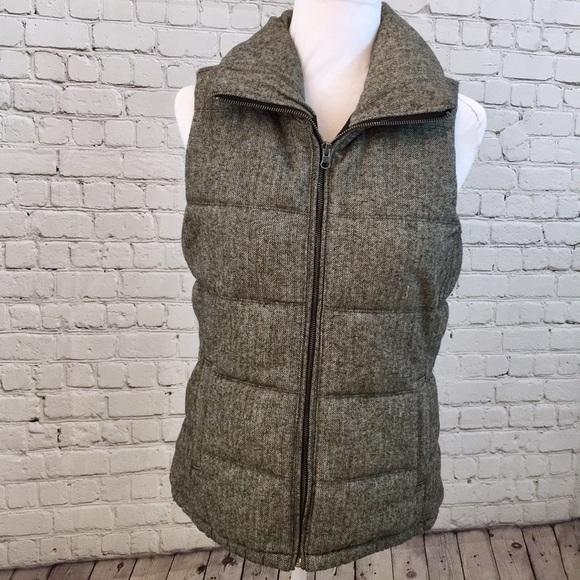 Old Navy Jackets & Blazers - Old Navy Herringbone Puffer Vest